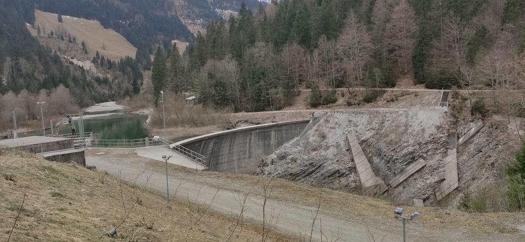 Dürrachableitung - Stauwehr
